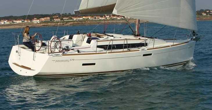Alquilar velero Sun Odyssey 379 en Real Club Nautico de Palma, Palma de mallorca