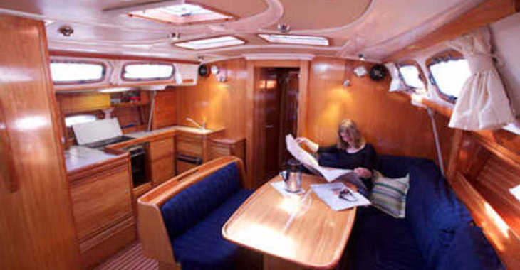 Alquilar velero Bavaria 46 en Vilanova i la Geltru, Barcelona